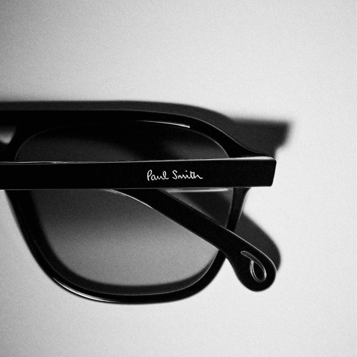 paul-smith-eyewear-glasses-stockist-opticians-west-midlands-shropshire-02