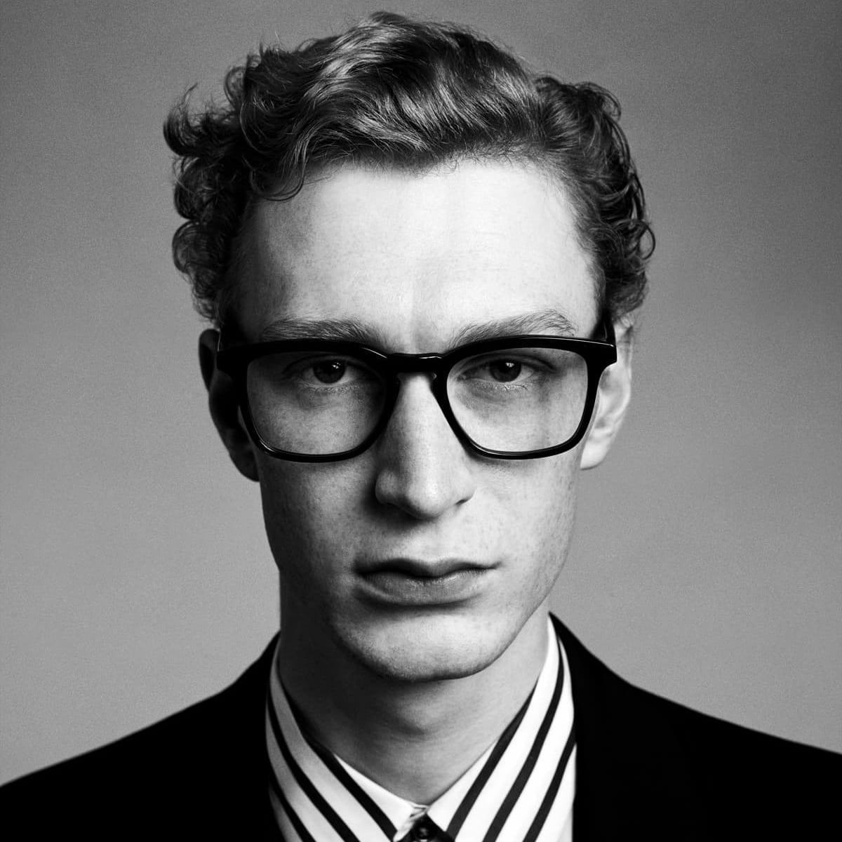 paul-smith-eyewear-glasses-stockist-opticians-west-midlands-shropshire-05